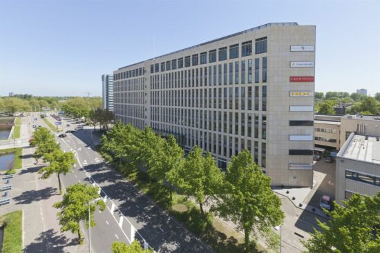 Peloton E.U. B.V. huurt 165 m² kantoorruimte in Officia 1 in Amsterdam Zuid