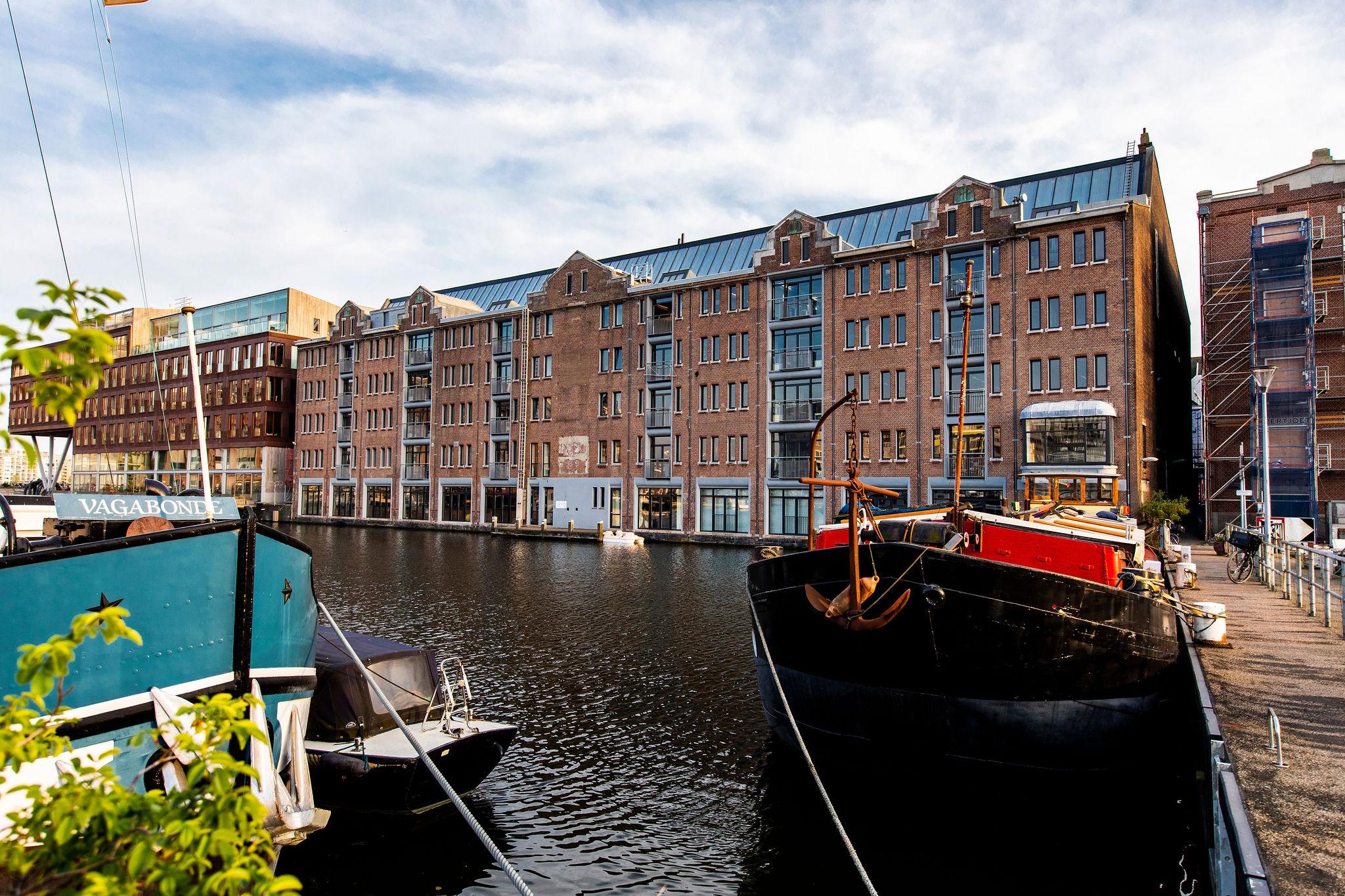 Free Press Unlimited huurt 181 m² kantoorruimte aan de Van Diemenstraat 200 in Amsterdam