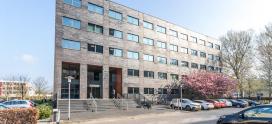 Your Professionals verhuurt circa 682 m² kantoorruimte in Almere