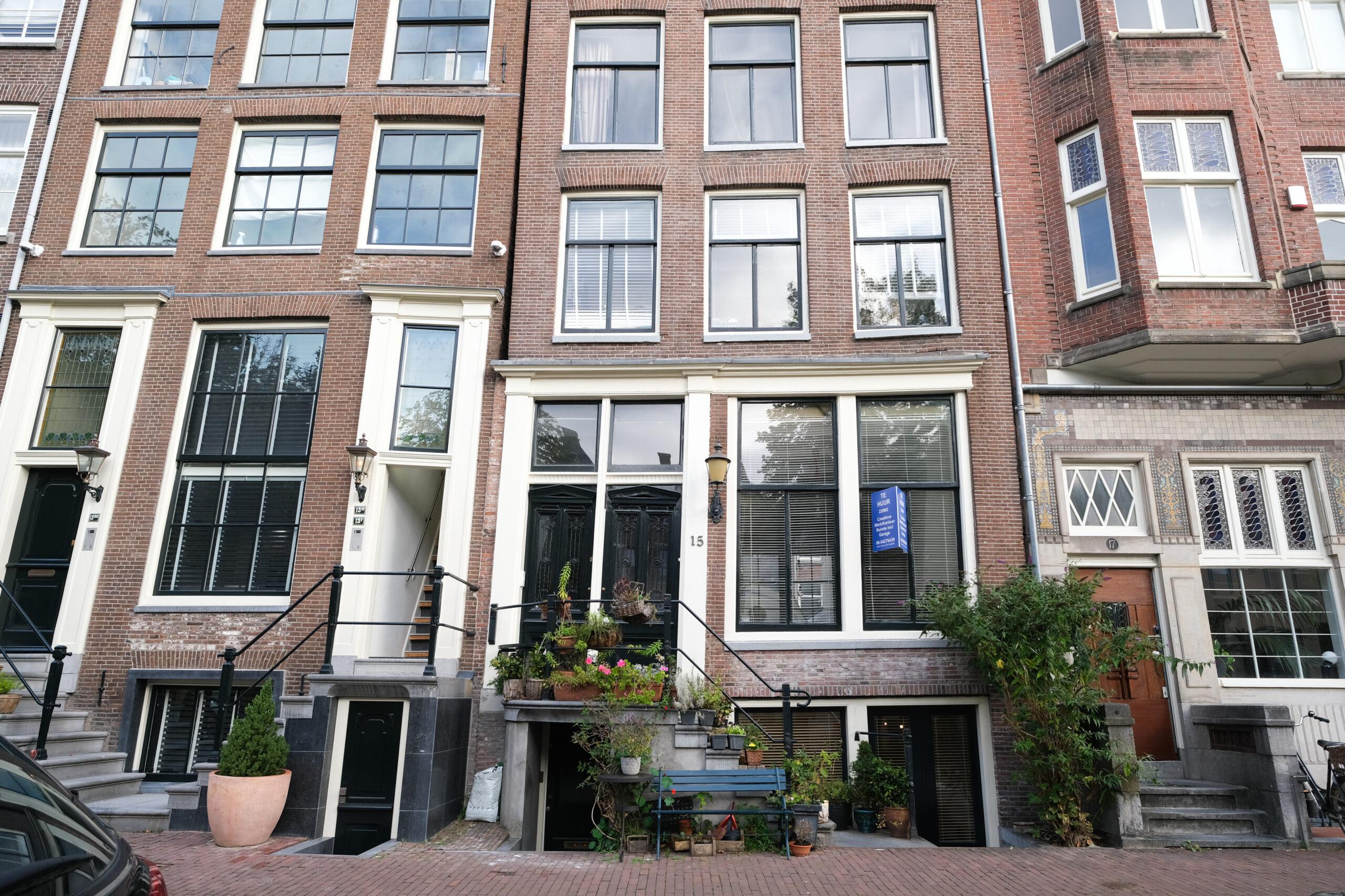 Particuliere belegger verhuurt 220 m² kantoorruimte in Amsterdam